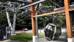 The lift's haul rope fell, making the gondola inoperable. (RCMP)