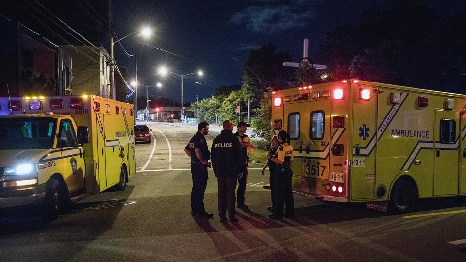 paramedics, quebec city