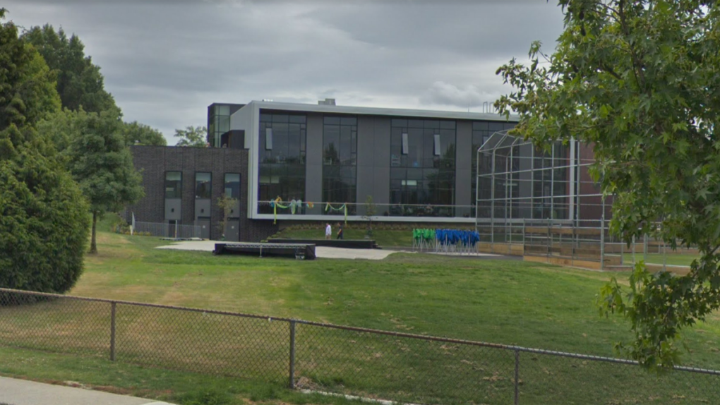 Swimmer rescued from Killarney Pool didn't actually die, Park Board says
