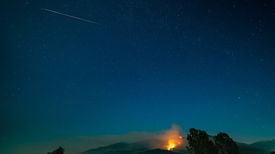 The Perseid meteor shower dazzled stargazers from across Canada and the Northern Hemisphere with dozens of people sharing their snapshots of the light show on social media. (Taken in Velmej, Macedonia Aug. 12, 2019 by Stojan Stojanovski2S/Twitter)