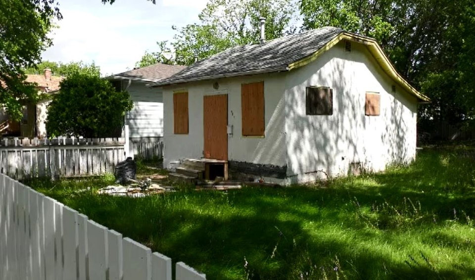 Boarded up home in Pleasant Hill