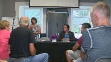 Cambridge residents meet to discuss issues facing