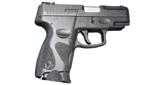 A handgun seized during a theft in Vaughan is seen in this image. (York Regional Police)
