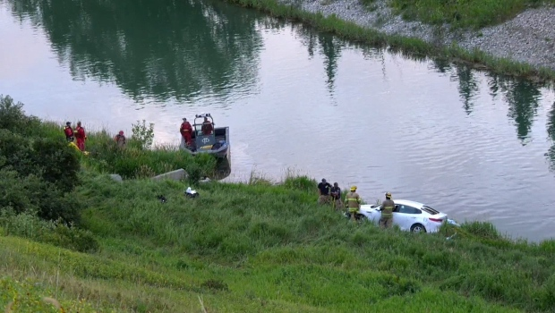 Crash, irrigation, canal, Dover, Deerfoot, CFD