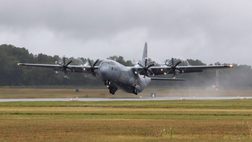A Canadian Forces Hercules plane takes off from CFB Trenton in Trenton, Ont., on Sunday, Sept. 3, 2017. The United Nations is pushing back against a list of restrictions that Canada has laid out as a condition for deploying a long-promised military transport plane to Africa. THE CANADIAN PRESS/Lars Hagberg