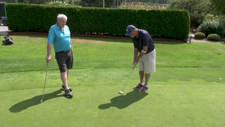 Dave Garrett, 74, and Brian Casey, 72, have been members of the Ledgeview Golf and Country Club for over 40 years. (Gary Rutherford/CTV)