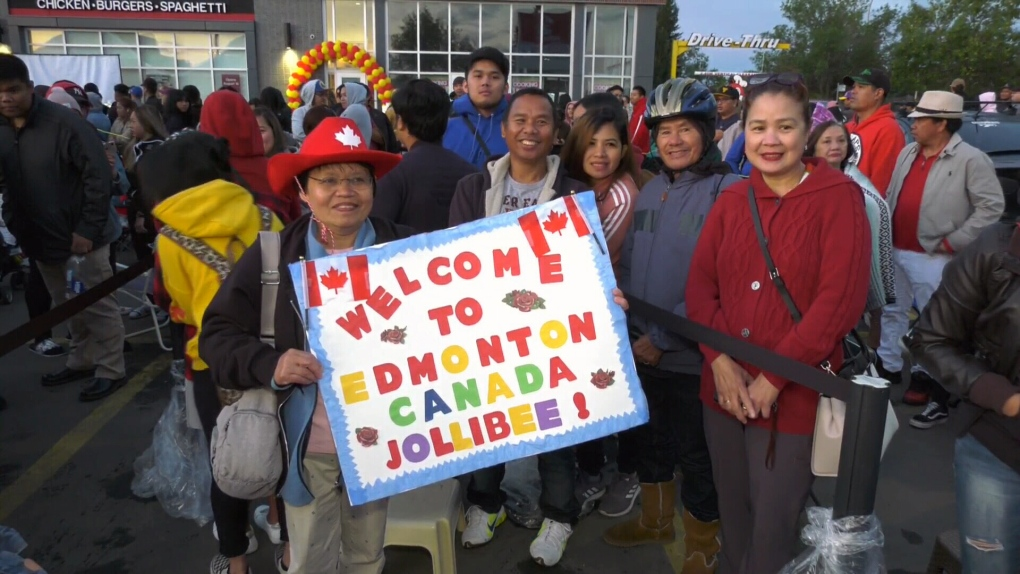 Jollibee opens in Edmonton to enthusiastic crowd