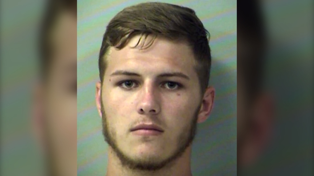 Florida man uses tractor to dump dirt on girlfriend's car, police say