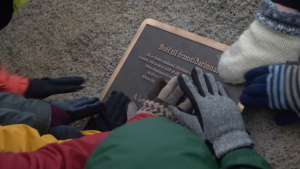 Memorial for glacier lost to climate change