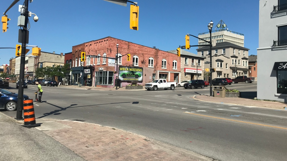 Dunlop Street west of Mulcaster Street in Barrie on Mon., Aug. 19, 2019 (CTV News/Beatrice Vaisman)