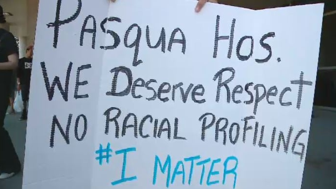 Regina woman holds protest following alleged inadequate treatment at Pasqua Hospital