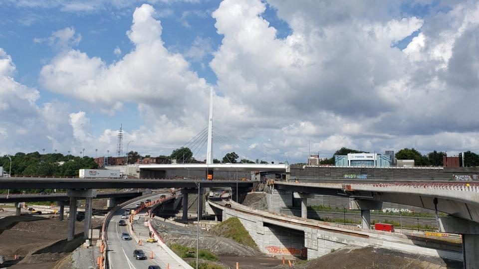 The St. Jacques St. Bridge sits over part of the Turcot Interchange (CTV Montreal/Amanda Kline)