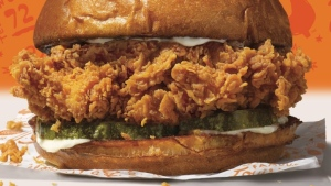 Popeye's new fried chicken sandwich, seen here, has triggered an online debate about which fast-food chain serves the best sandwich. (Source: Popeye's Chicken, Twitter)