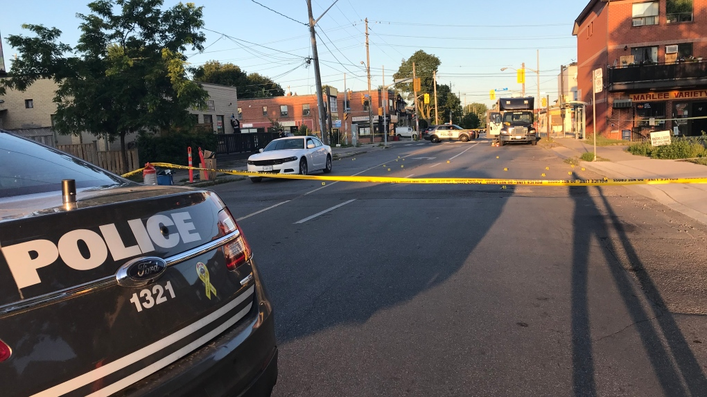 Four people injured after shooting in Toronto's Glen Park neighbourhood