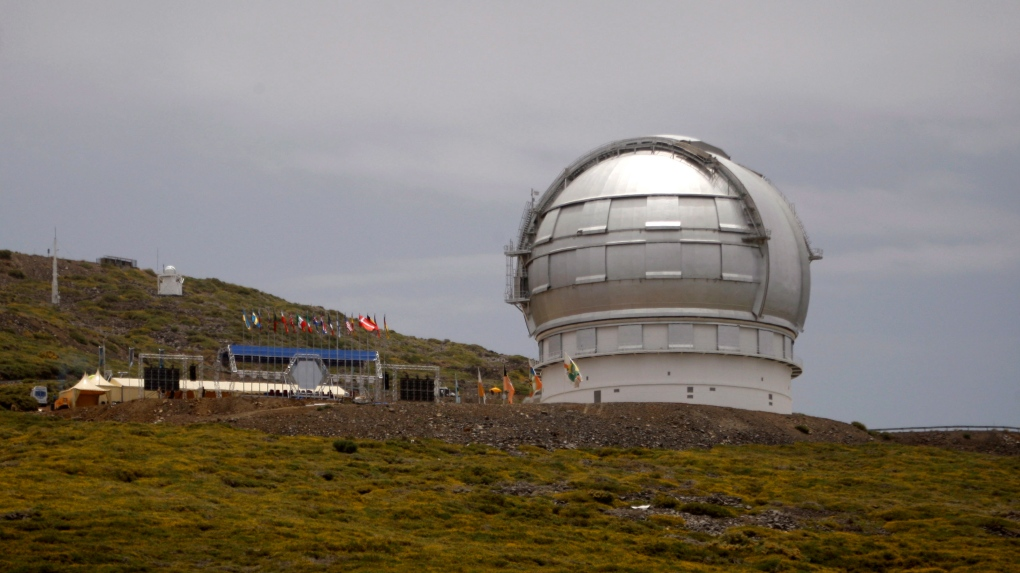 Hawaii or Spain? Telescope experts say it may not matter
