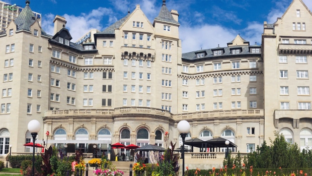 'It's farewell for now': Fairmont Hotel Macdonald closes due to COVID-19