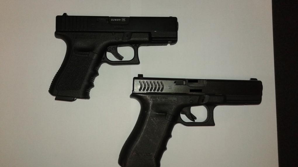 Teen accused of pointing pellet gun at multiple people spends night in slammer