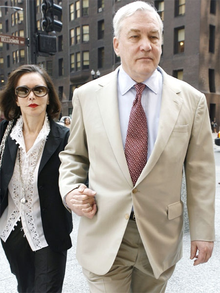 Convicted media mogul Conrad Black arrives with his wife, Barbara Amiel Black, at federal court for a hearing in Chicago on Wednesday, Aug. 1, 2007, to review bond and determine whether he will be allowed to travel to Canada. (AP / Nam Y. Huh)
