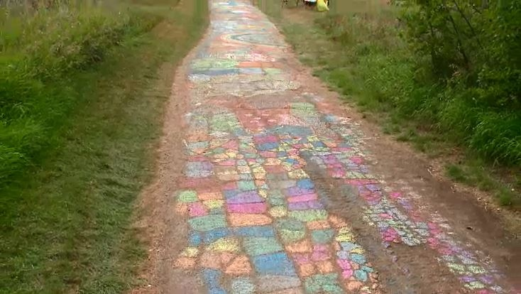 Meewasin trail chasing world record for longest sidewalk chalk mural