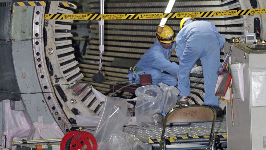 Dismantling reactor at Hamaoka nuclear power plant