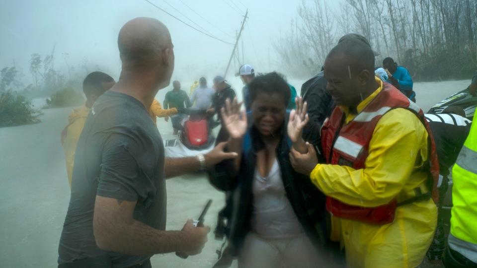 Volunteers rescue several families