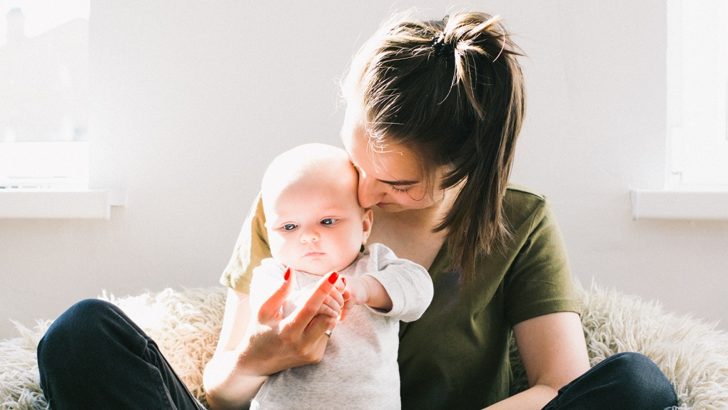 Chat Mothers Likely Unhappy More To Talk With Baby Partners