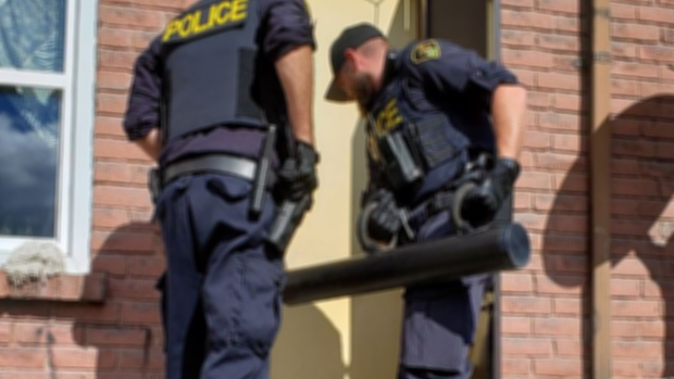 Five people arrested during search warrant in Orillia