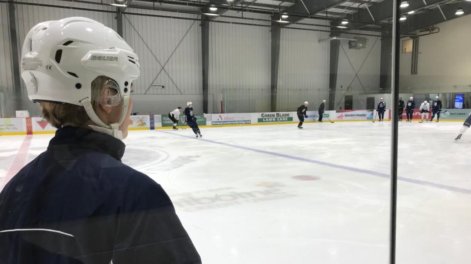Hovi surveys the ice at a free skate Friday. (Pat McKay/CTV News)