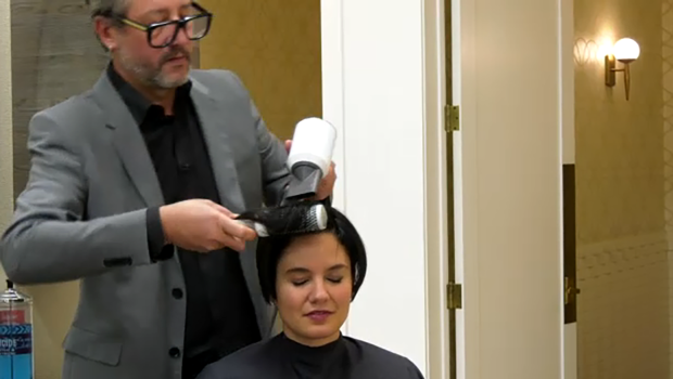 'I found someone I never knew I was missing': Siblings connect in hairstylist's chair