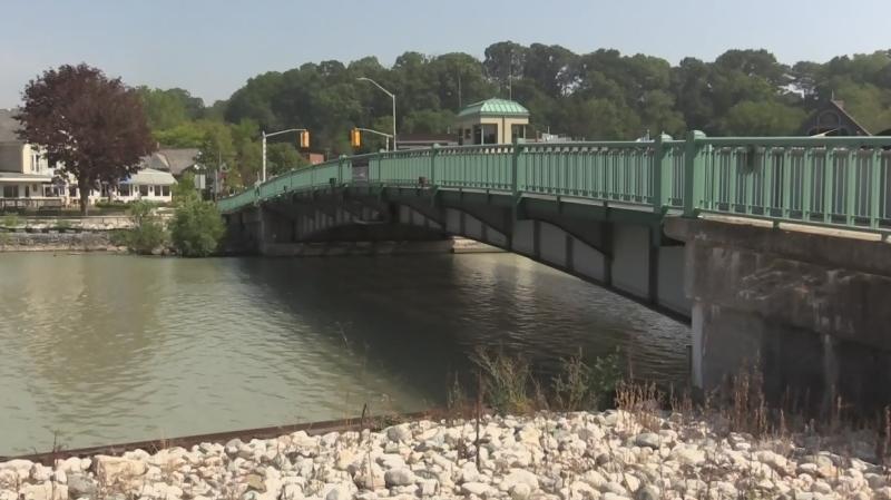 Port Stanley lift bridge shutting down for a year