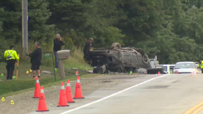 Police investigate a single-vehicle crash on Lobsinger Line that left an 18-year-old dead. (Sept. 12, 2019)