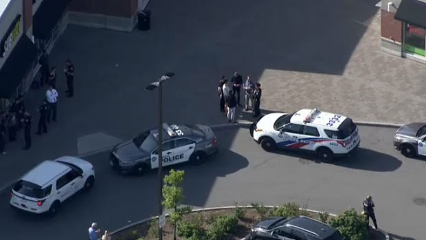 Teenager seriously injured after stabbing in North York