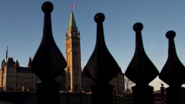 Government urged to increase diversity at top of federal public service
