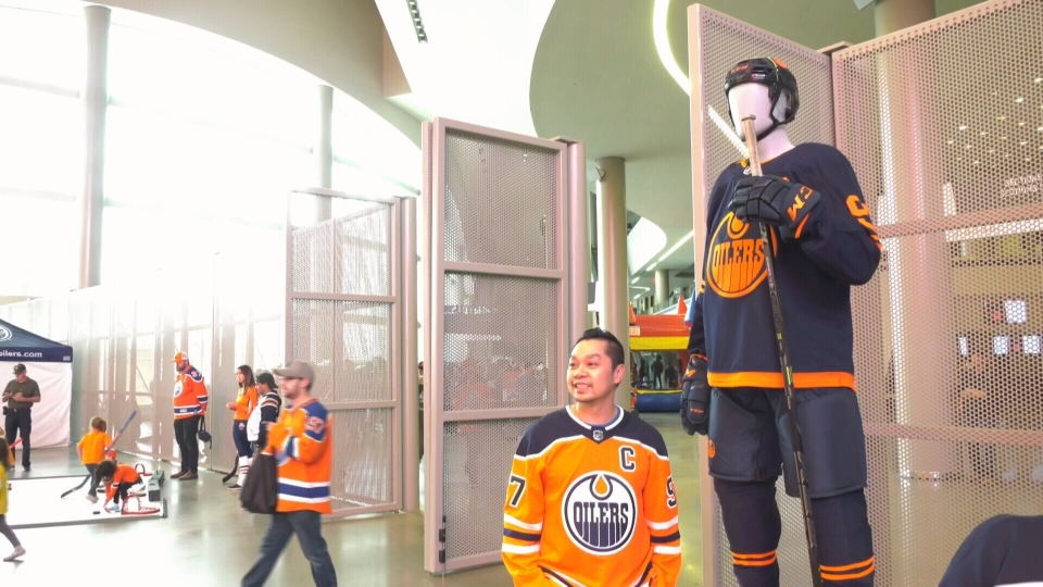 Fans watched the team practice, checked out the new third jerseys, and browsed Oilers artifacts at the second annual Oilers Fans Day on Sept. 14.