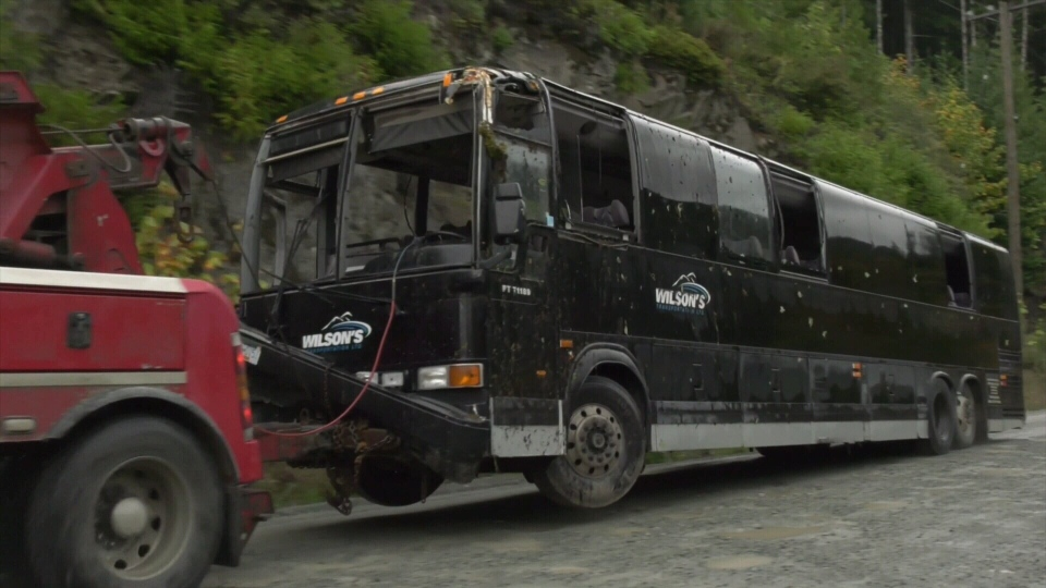 Bamfield Main bus