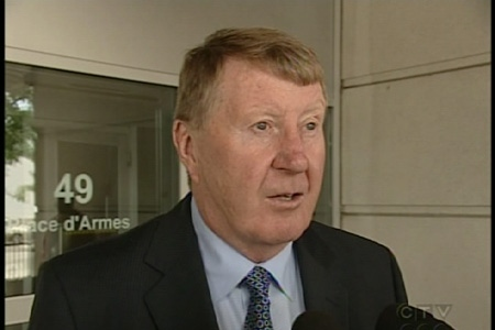 Peter Kemp, Mohammad Shafia's lawyer, speaks to reporters (Aug. 28, 2009)