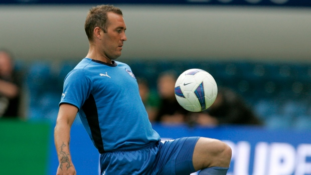 Fernando Ricksen, former Rangers player, dies at age 43