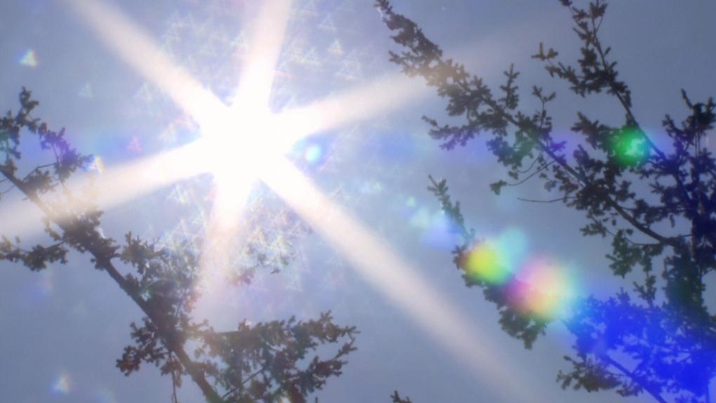 September blast of heat breaks records across Manitoba