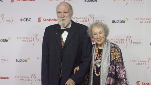 Margaret Atwood and Graeme Gibson on the red carpet at the Scotiabank Giller Bank Prize gala in Toronto on Nov. 19, 2018. (Chris Young / THE CANADIAN PRESS)