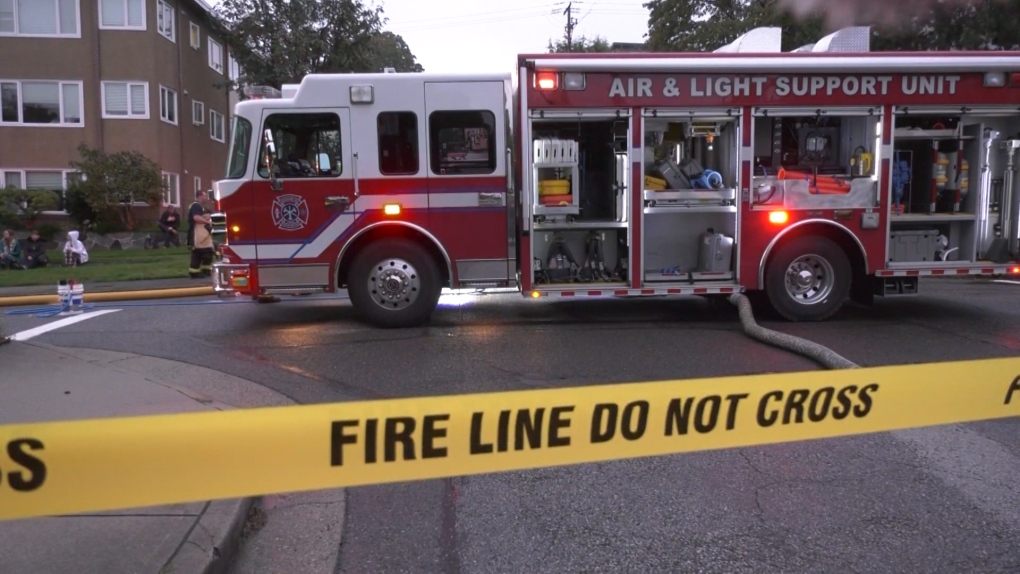 Fire in Kitsilano apartment displaces dozens of residents