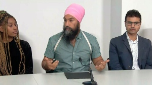 NDP Leader Singh holds discussion with supporters