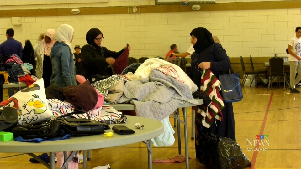 The Muslim Families Network Society supplied hundreds of people in need with food and clothing donations at the Marlborough Park Community Centre on Sunday.