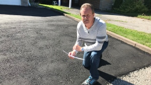 A Richmond Hill man says he feels scammed after he paid someone to pave his driveway, but the job was never completed. (Pat Foran/CTV News Toronto)