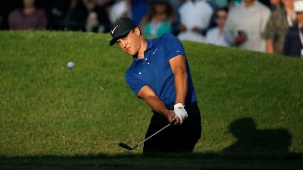 Tony Romo may skip National Football League game Sunday so he can golf