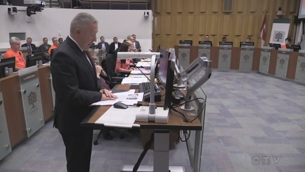 Awkward misstep at City Hall leads to apology from Mayor