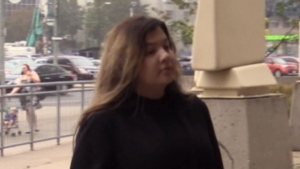 Daniella Leis is seen walking into the London Courthouse on Wednesday, Oct. 2, 2019. (Gerry Dewan / CTV London)