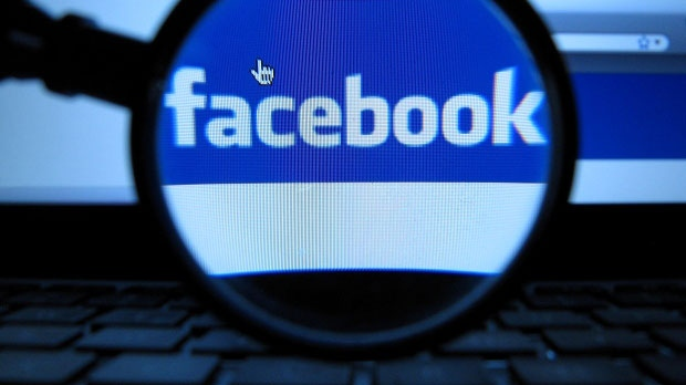 Facebook agrees to £500,000 fine over personal data use in political campaigns