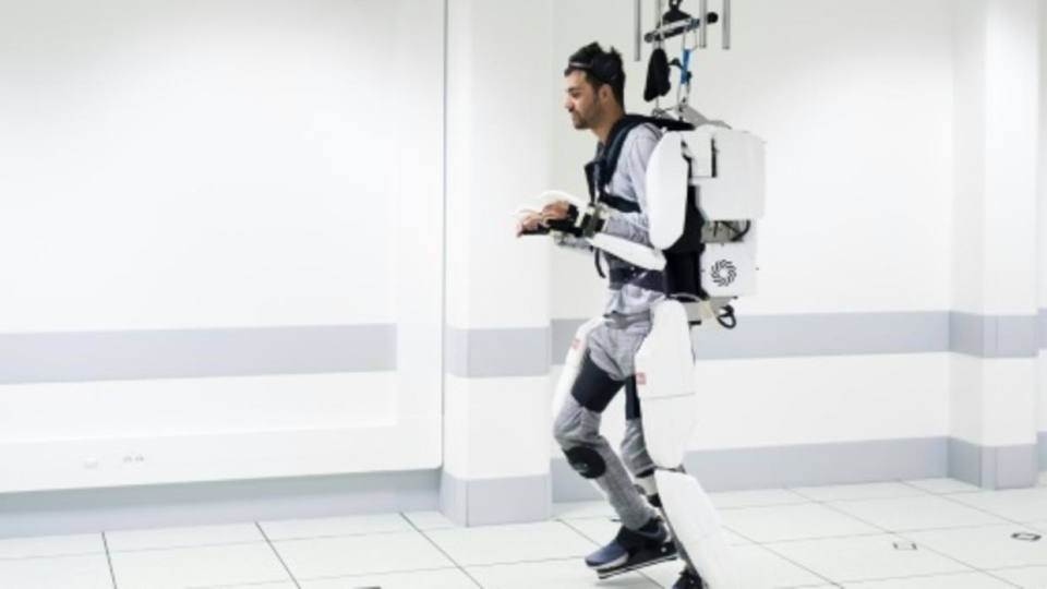 French tetraplegic Thibault trained for months, harnessing his brain signals to control a computer-simulated avatar to perform basic movements before using the robot device to walk. (AFP)