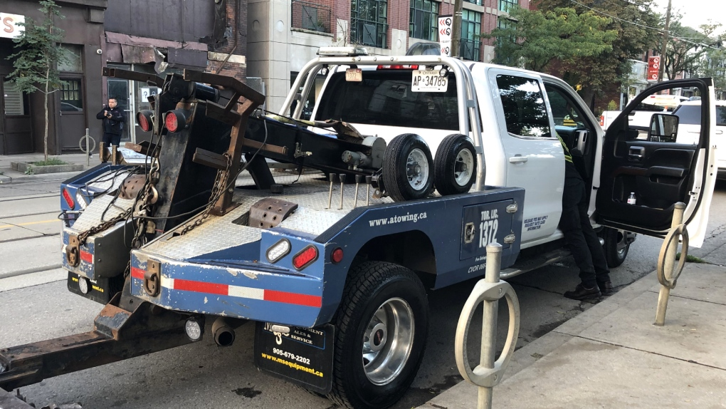 Crackdown on illegally parked cars along Queen Street begins Monday