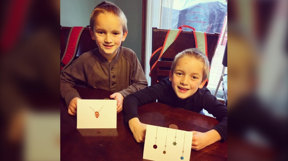 Six-year-olds Emmett and Eldon Friesen. (Courtesy: Jamie Friesen)